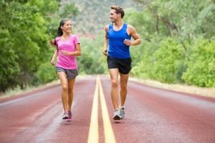 Kolega při hubnutí pro lepší motivaci