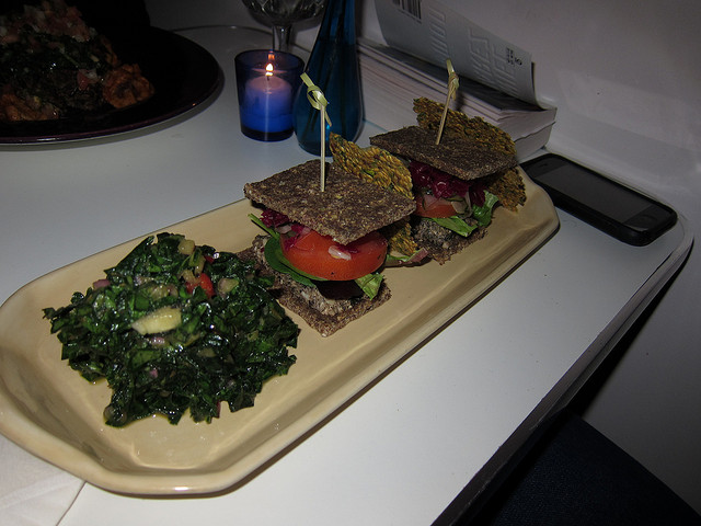 Raw sandwich