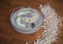 hrušková smoothie bowl