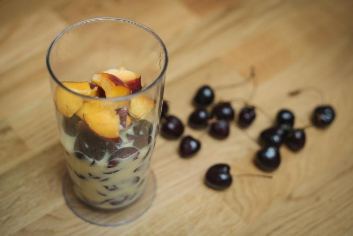 třešňové smoothie s kávou