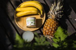 banány a ananas na piňa coladu