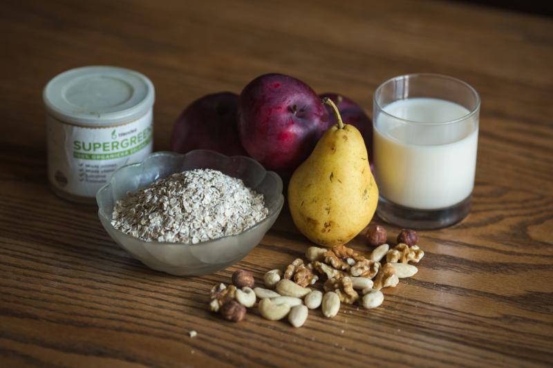jablečné hruškové smoothie