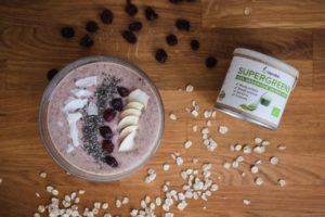 brusinková smoothie bowl