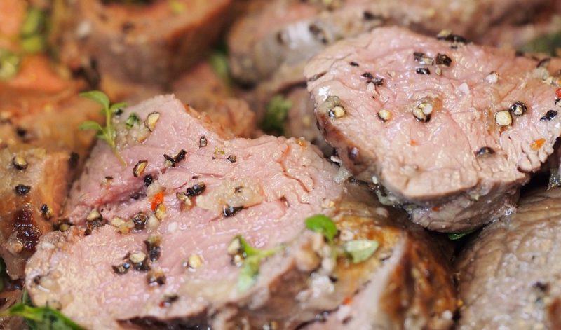 libové telecí maso jako součást proteinové diety