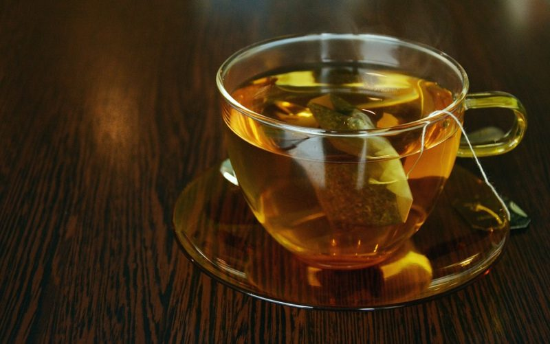 zelený neslazený čaj