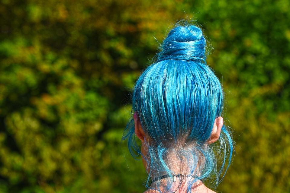 padání vlasů kvůli barvení