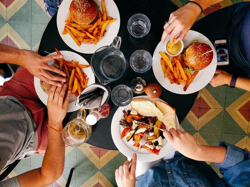 jídlo v restauraci