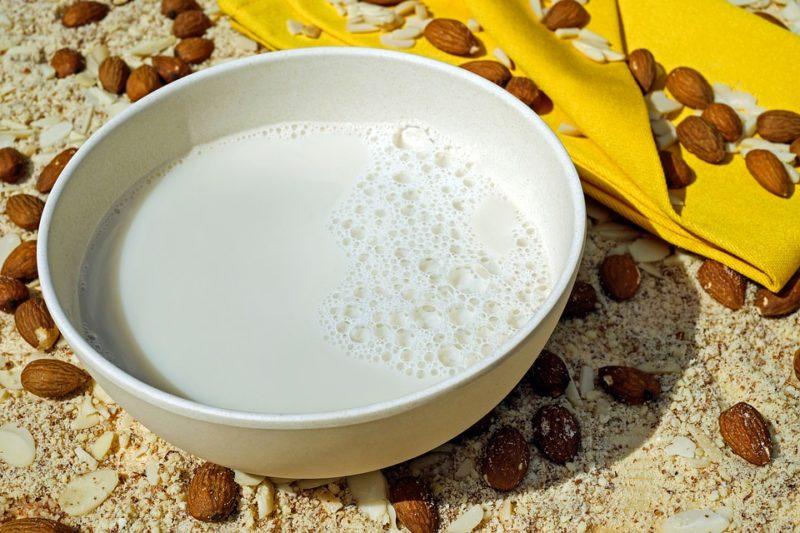 mandlové mléko pro intolerantní lidi