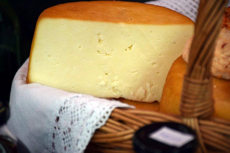 tvrdý zrající sýr