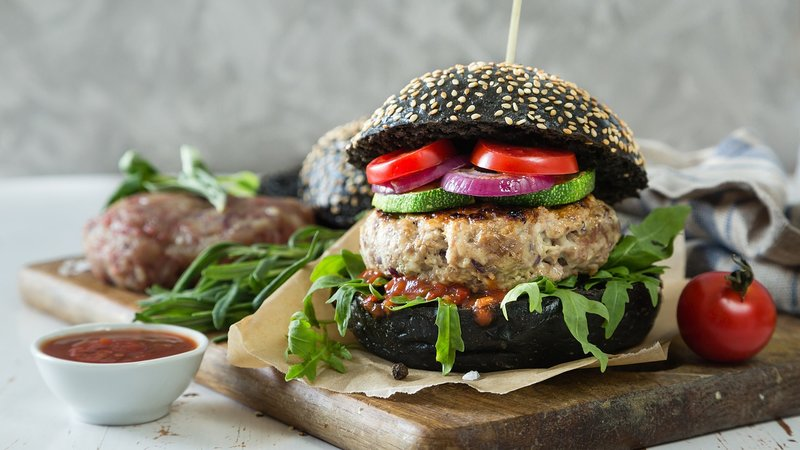 černý hamburger