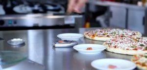 falešná pizza