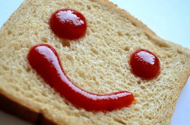 kečup na toastu