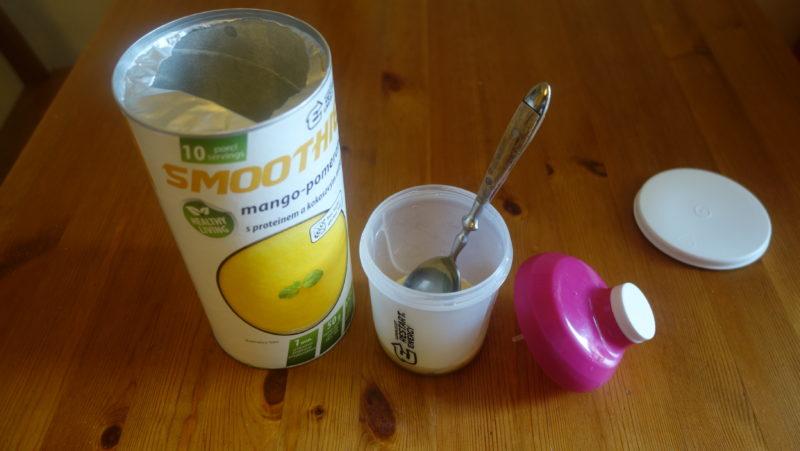 smoothie mango pomeranč