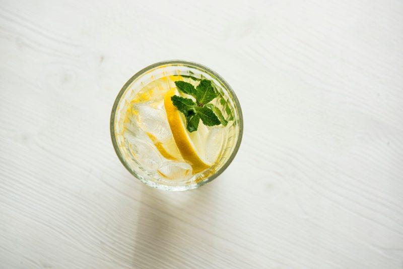 vodka se sodou na malou kocovinu