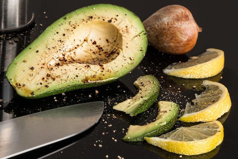 avokádo během vegetariánské keto diety