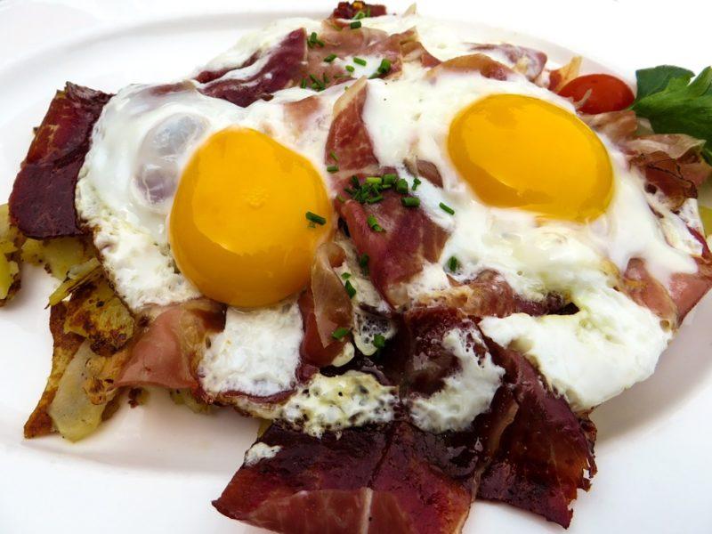 ketogenní nízkosacharidová snídaně