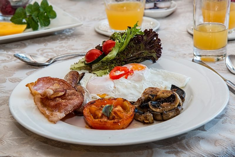 snídaně podporující ketózu